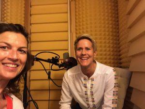 Ann-Katrin im Podcast-Aufnahmestudio