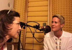 Ann-Katrin und ich in der Tonkabine der Bunch-studios